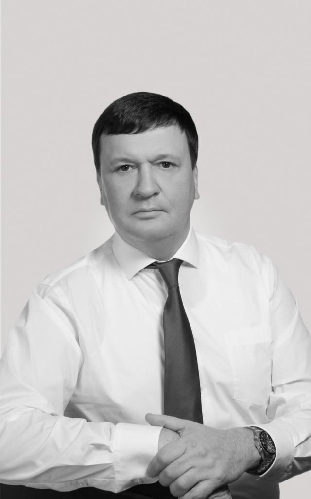 Константин Огольцов